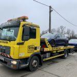 Lerobbant autó Budaörs, törött kocsi Érd M7, éjszakai mentés