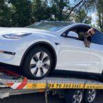 Tesla Model Y szállítás